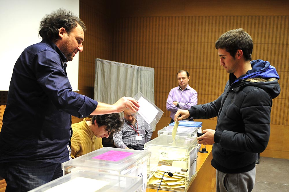 A.ALBERTO GALDONA F:22-02-2016L:MARCILLAP:T:ELECCIONES FEDERACION NAVARRA DE FUTBOL - VOTACIONES MARCILLA